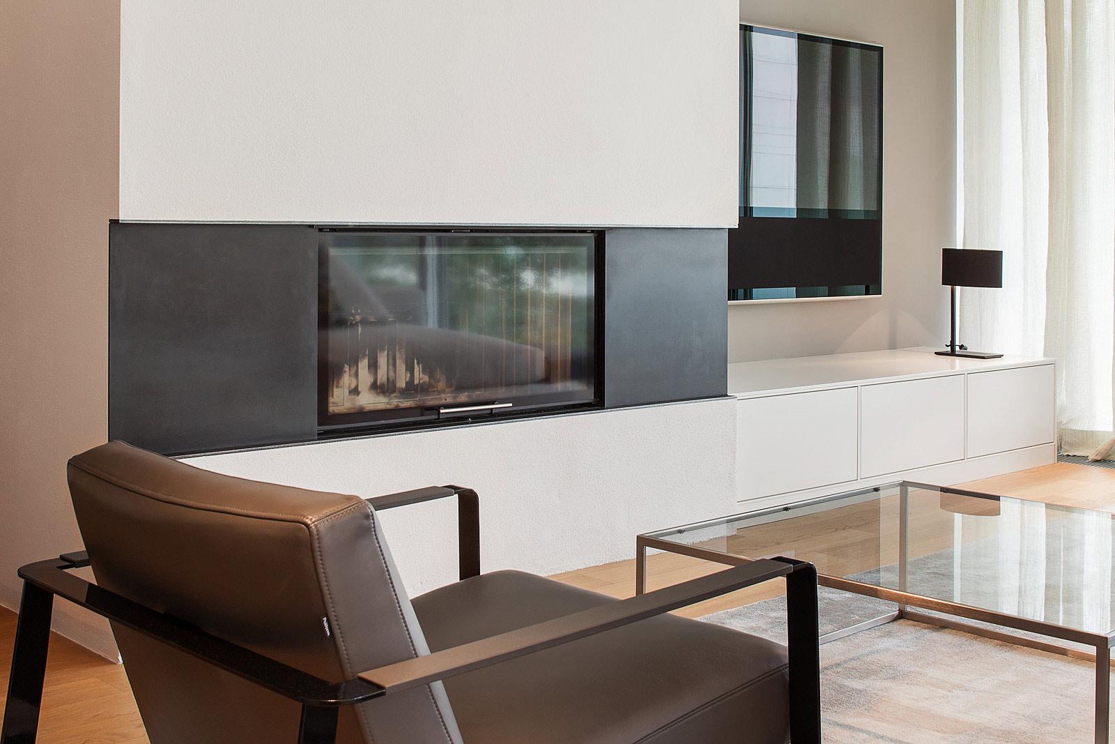 Fotografie in Räumen, Fotograf für Innenarchitektur, Kamin mit Sessel