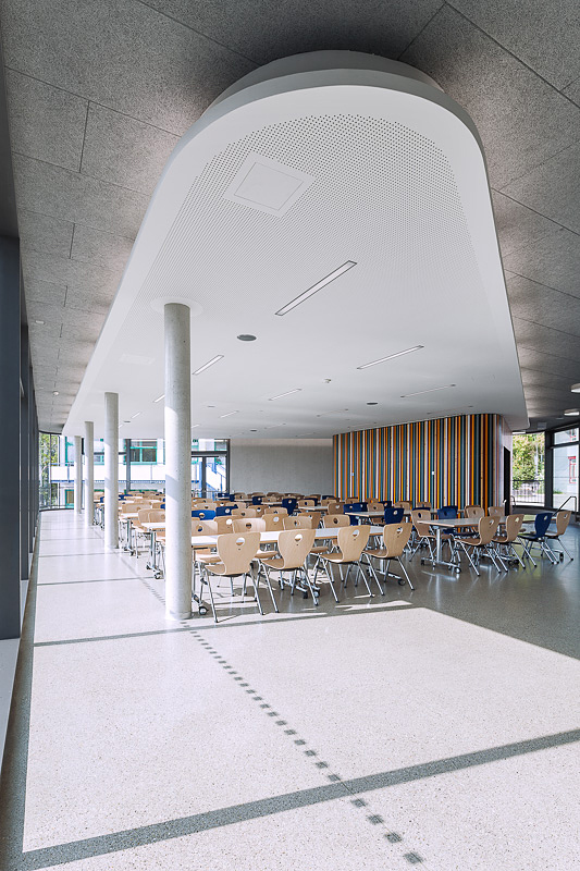 München Architekturfotograf, Innen Raum, Innenansicht Architekturfoto Mensa in Starnberg