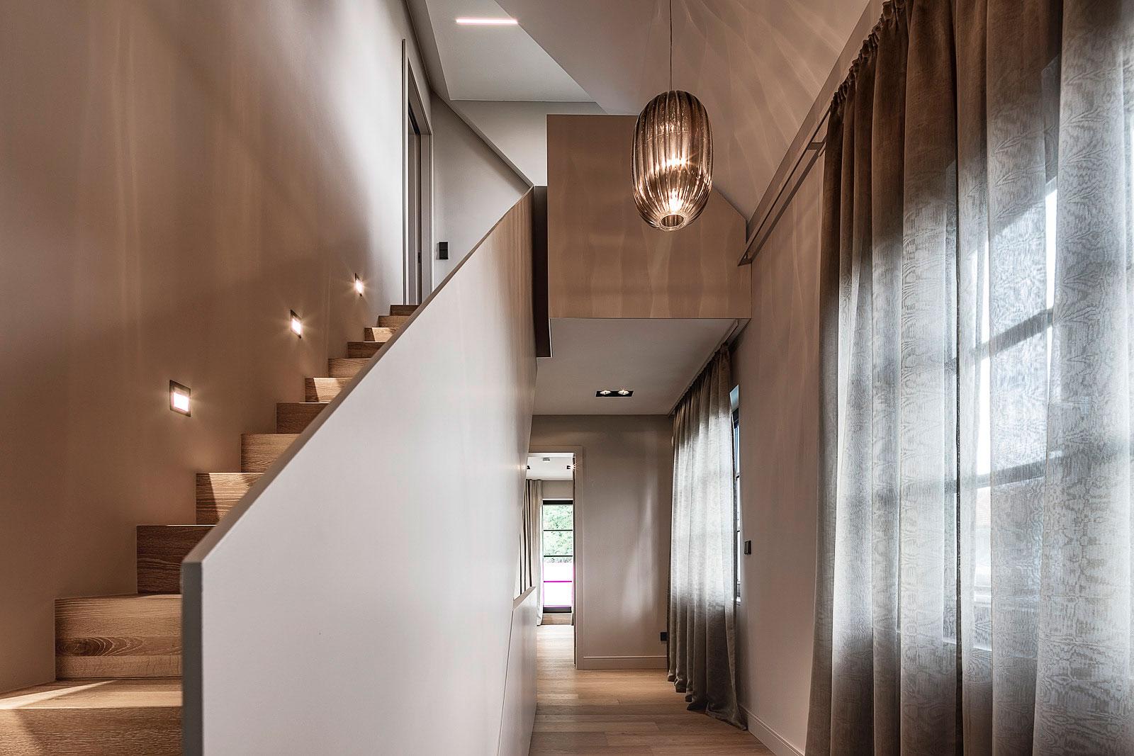 Architekturfotografie Innenraum, Treppenhaus, Innenarchitektur, Foto