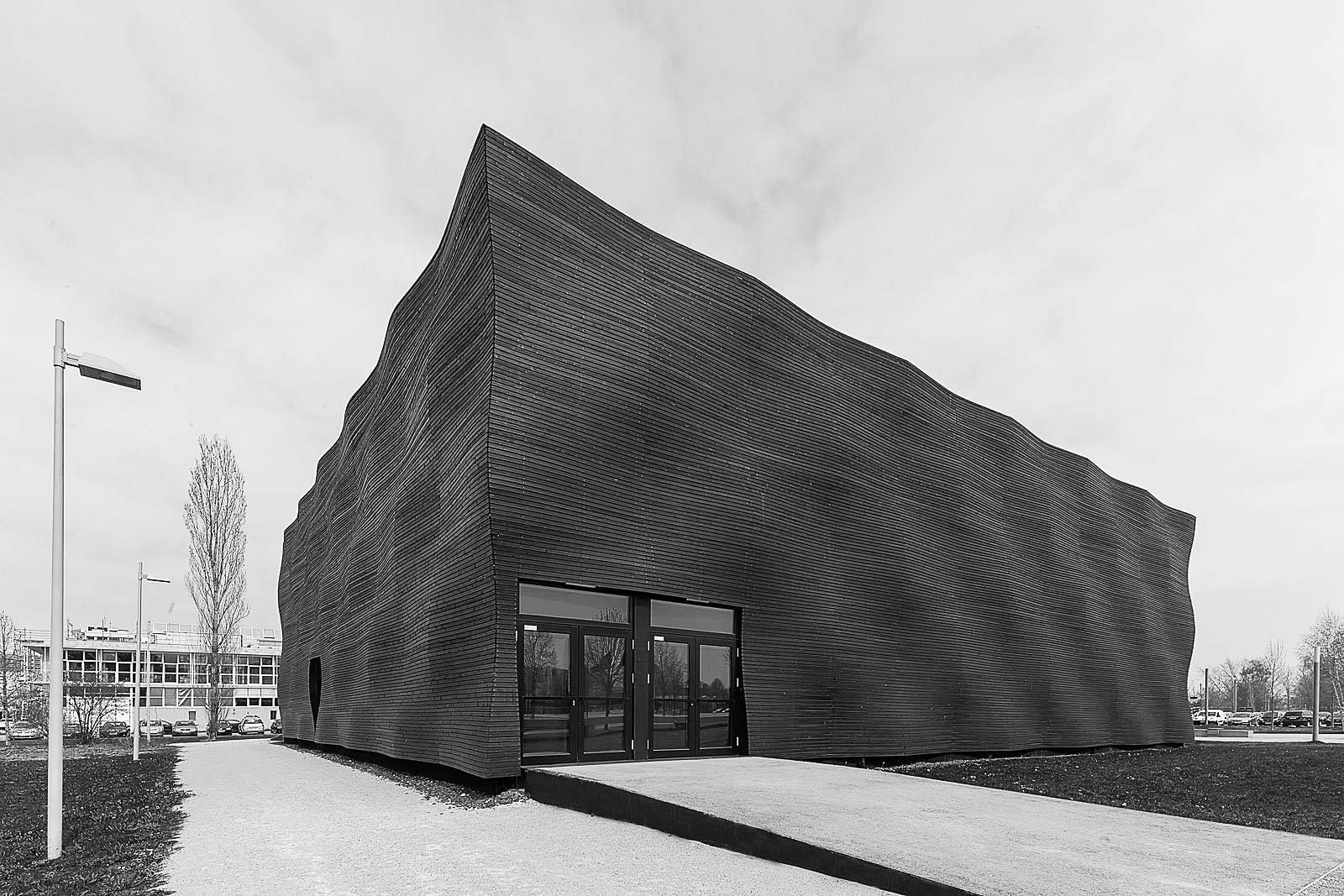 Architektur Aufnahme Interims Campus - freie Arbeit -1