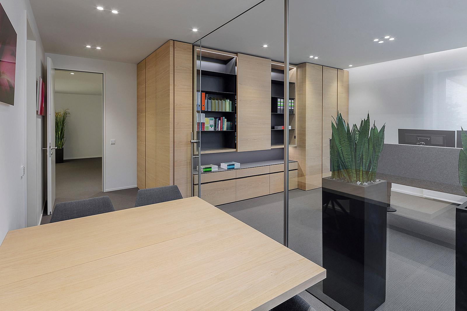 Fotografie einer Firmenzentrale