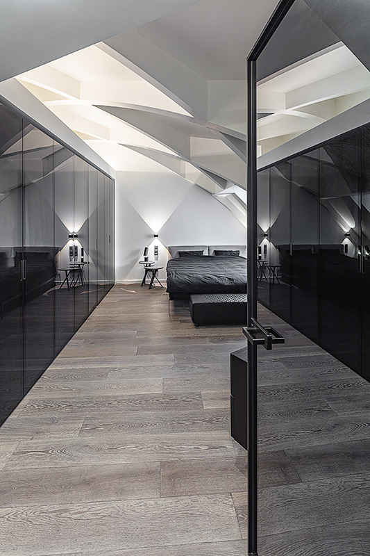Ansicht Schlafzimmer mit Spiegelschrank von Egetemeier Wohnkultur